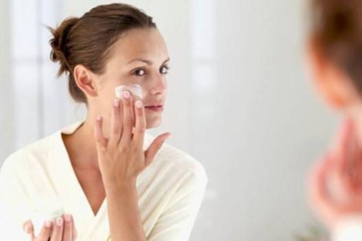 Tips Perawatan Dengan Krim Wajah Malam
