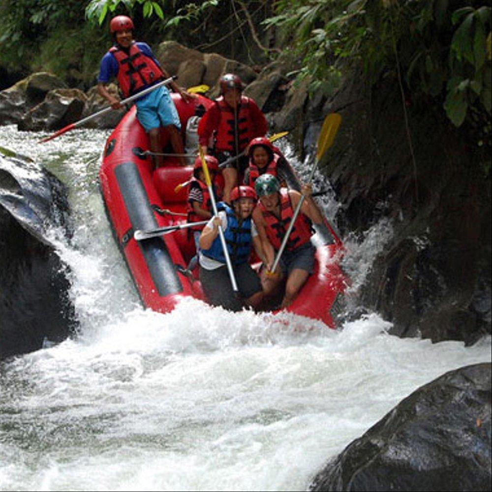 Sobek rafting ayung river - Penggunaan Helm Saat Melakukan Aktivitas Rafting