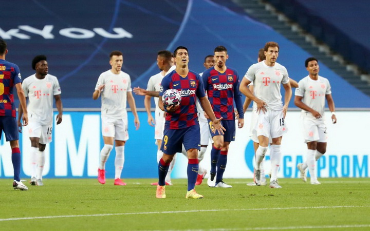 Suarez Kenang Mimpi Buruk Barcelona Dibantai Bayern