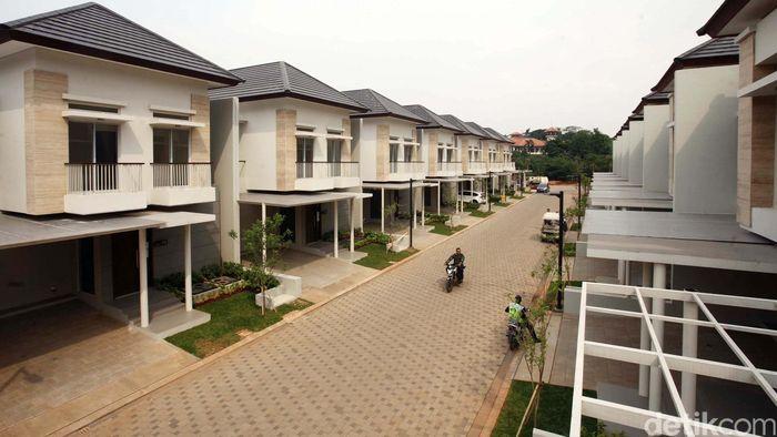 Bangun Rumah Impian atau Membeli Rumah Cluster