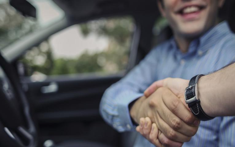 Tips Utama tentang Waktu Terbaik untuk Membeli Mobil